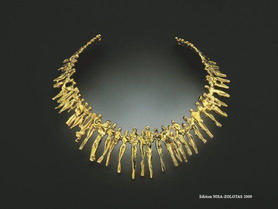 Beautiful bones, beautiful pics: the Cipango Galerie makes wonderful jewellery