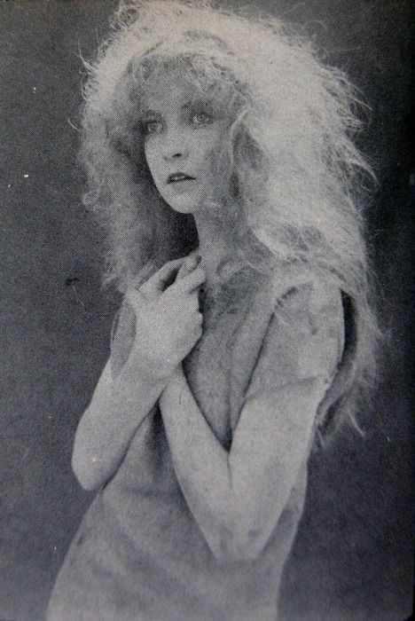 Lillian Gish (1893-1993), from [THE SILENTS]:  Supermodel Pose!
