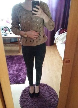 Kup mój przedmiot na #vintedpl http://www.vinted.pl/damska-odziez/swetry-z-dzianiny/13930650-piekny-gruby-sweter-w-warkocze
