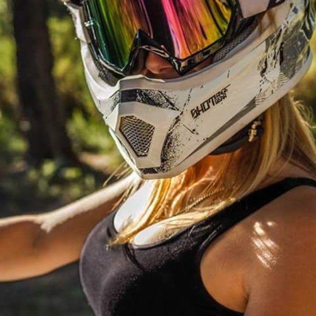 Motorcycle Women - rlonghix