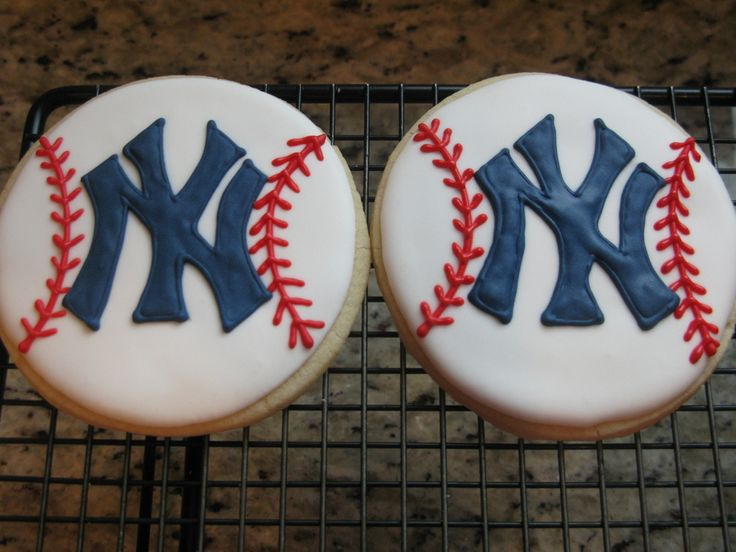 Ny Yankee Baseball Cookies  on Cake Central