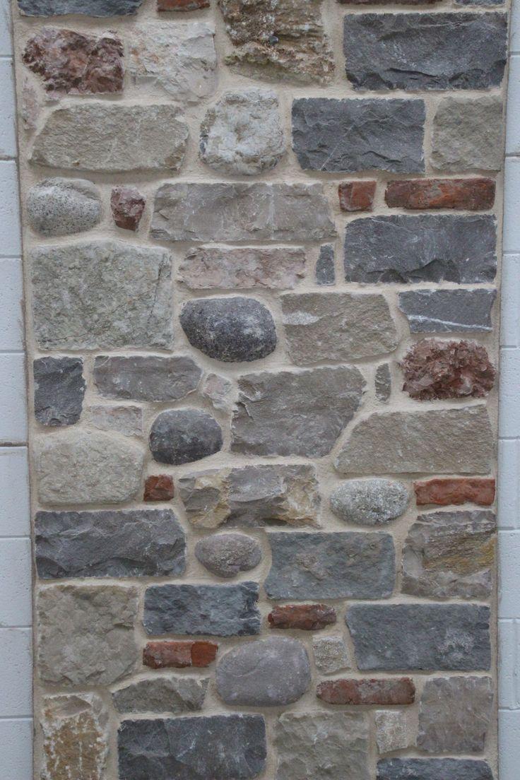#MURO CONTADINO Formato con #ciottoli e #mattoni, #pietre miste stuccati con #biocalce