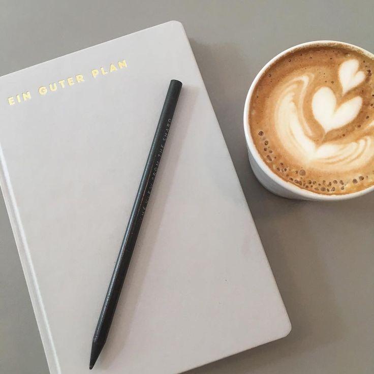 Ein guter Plan und Kaffee!! Die neue Woche kann kommen ☺️ happy Monday Ihr Lieben ☀️#letsdothis #dowhatyoulove #weloveyoga