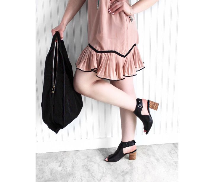 OOTD - Pink Ruffled Flapper Dress, Steve Madden Venuz Sandals, and Moda Luxe Tilly bag