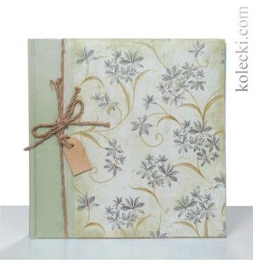 Piękny klasyczny album 20 kartek z pergaminem, format 24x24 cm,