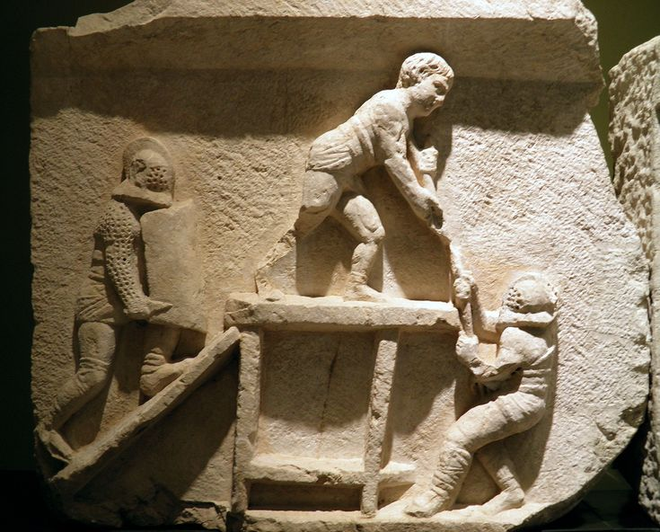 Gladiator : Retiarius vs secutor- Burdur Museum - Turkey