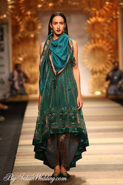 Tarun Tahiliani designer suit collection #WIFW