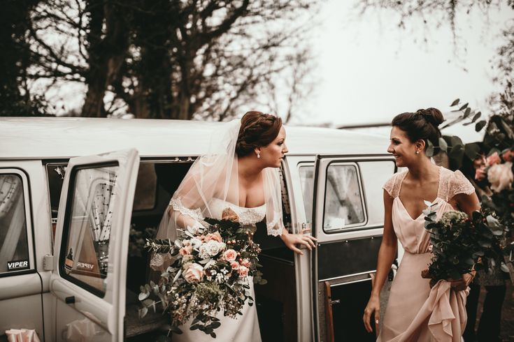 Planning a vintage wedding and looking to hire an unusual wedding car, check out our VW Camper blog. Offering wedding cars in Kent, London, Essex, Surrey.