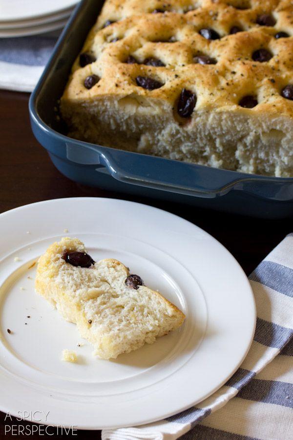 Oh Gluten - I heart you! Roasted Garlic and Olive Focaccia via @Niki ...