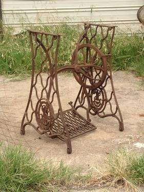 1000 Images About Singer Sewing Machine Bases On