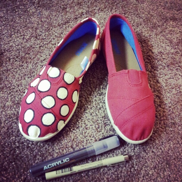 diy minnie mouse shoes supplies needed canvas shoes