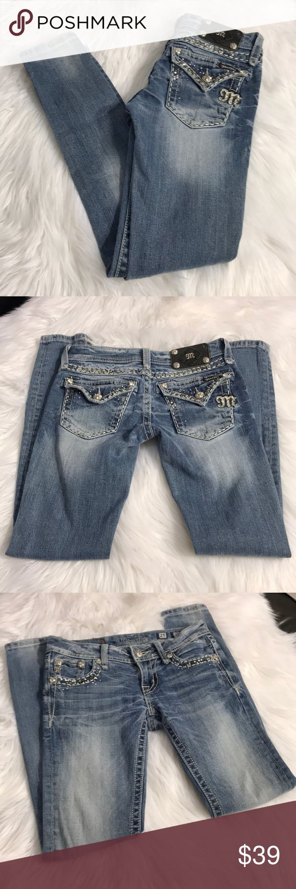 Miss Me Skinny Jeans Great condition Miss Me skinny jeans size 25 inseam 30 Miss Me Jeans Skinny