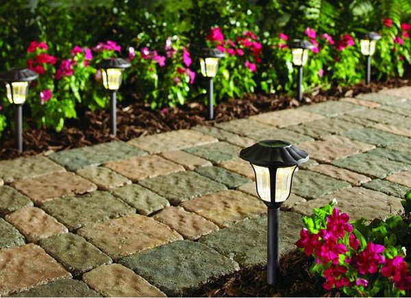 The Best Ways To Light The Backyard Best Solar Path Lights