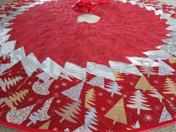 Modern Christmas Tree Skirt,  Holiday Sparkle Quilted  Tree Skirt, Christmas Decoration, Christmas Decor, Red Silver Holiday Decor