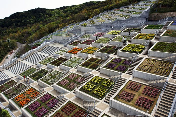Hundred Step Garden (百段苑) - Awaji Island, Japan