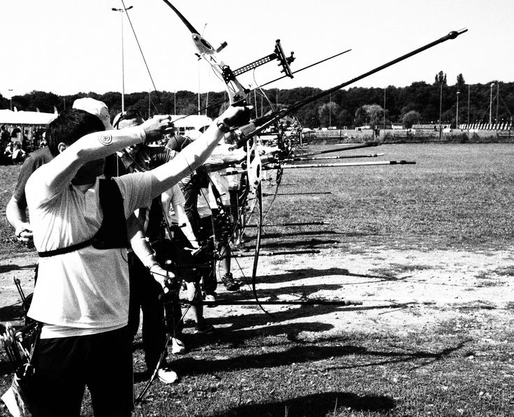 Practice field - Archery World Cup Wroclaw 2013 - copyright The Infinite Curve