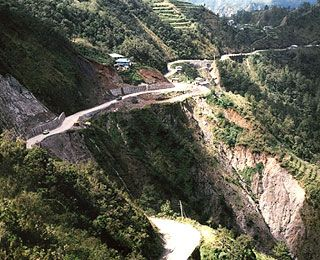 <center>World's Scariest Roads</center> Halsema Highway, Philippines: mountain road w/frequent landslides & mist that affects visibility, sections of road unpaved