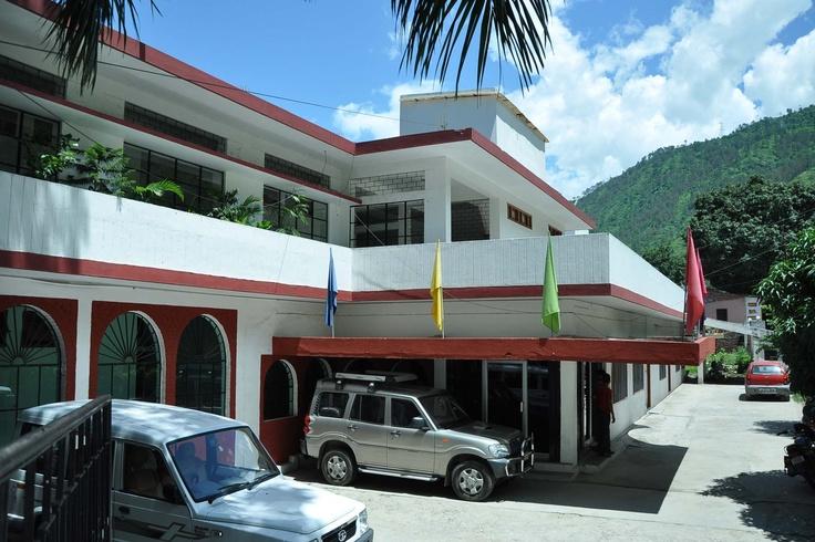 Hotel Devlok, Srinagar Garhwal, Uttarakhand, Mr. A.S. Aswal, Contact : 01346252237, email : hotel.devlok@rediffmail.com