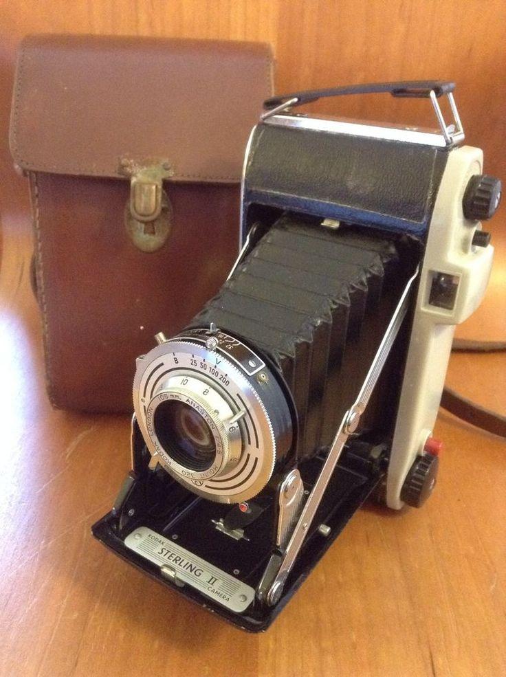 Vintage Kodak Sterling II 1950's Folding Camera & Leather Case