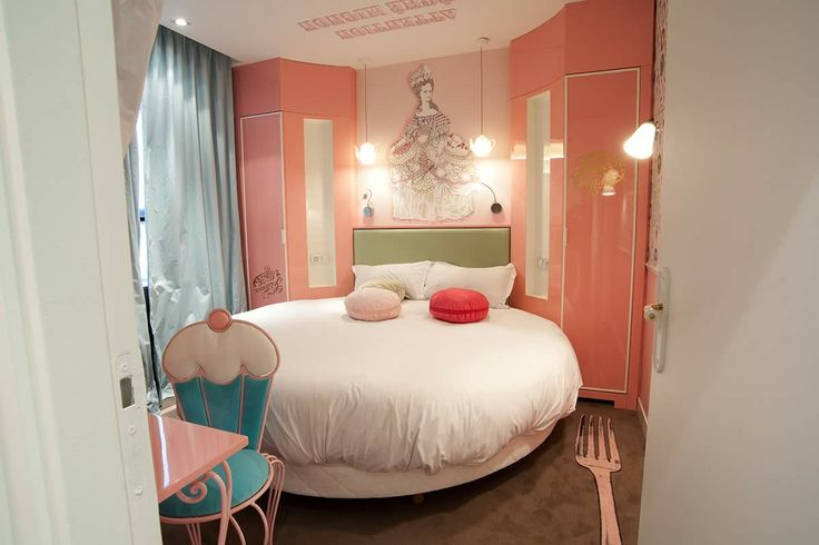 Teapot pendant and Hector Pleat wall light by Original BTC spotted in Vice Versa Hotel Paris by Chantal Thomass