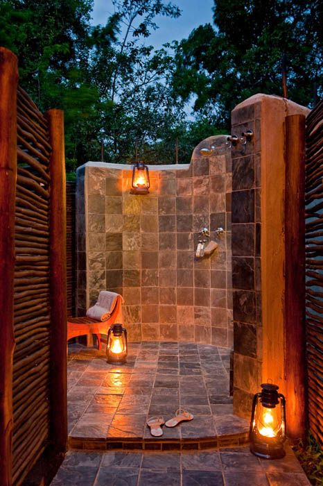 Makakatana Bay Lodge – Accommodation Exteriors