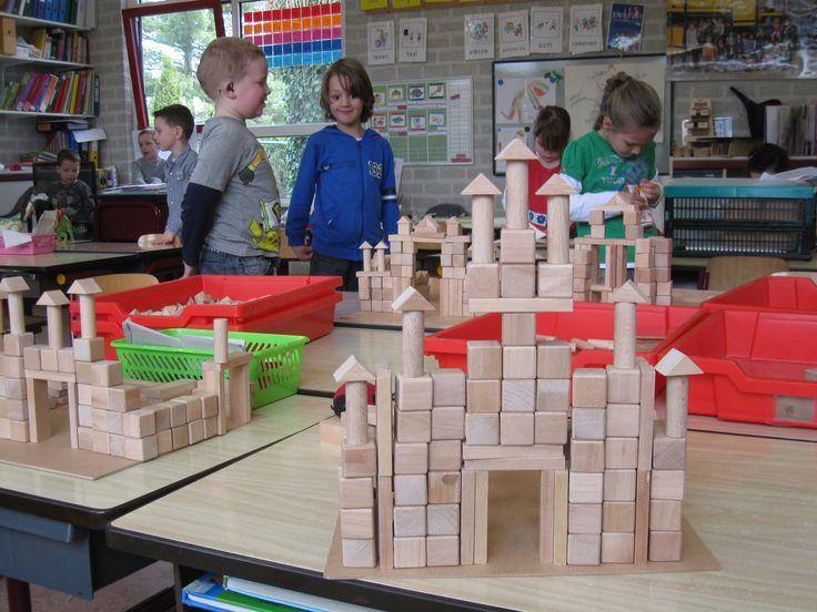 Begeleide of zelfstandige activiteit - Bouwtafel kasteel