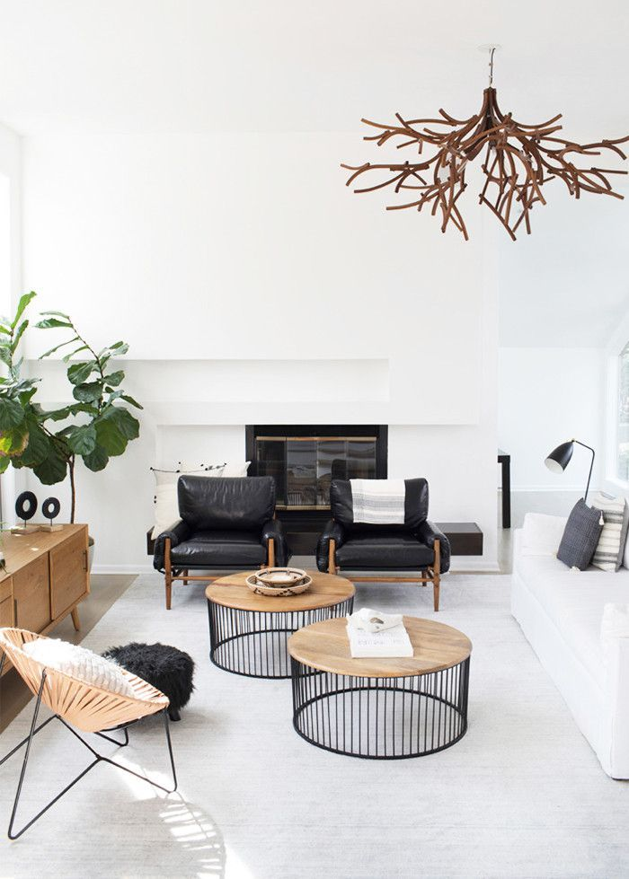 Homepolish's Jamie Wilson transports the interior of an Atlanta home to the west coast with beachy accents and natural finishes.