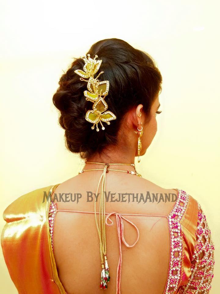 Indian bride's bridal reception hairstyle by Vejetha for Swank Studio. #Saree #Blouse #Design #HairAccessory Tamil bride. Telugu bride. Kannada bride. Hindu bride. Malayalee bride. Find us at https://www.facebook.com/SwankStudioBangalore