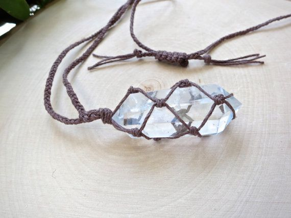 Amplifying Quartz Crystal Point Necklace -- Everyone needs a #quartz point. It's one of those all-around crystal healers. Perfect for a beginner. These crystal necklaces are also gaining popularity these days. Hippie fashion and healing powers. Win-win!