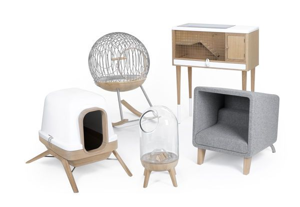100 Stylish Pet Furnishings - From Fierce Feline Fortresses to Art Deco Dog Homes (TOPLIST)