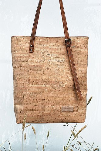 Pickpocket - Allium handmade Cork & Leather Bag - order at : http://pickpocketbags.net