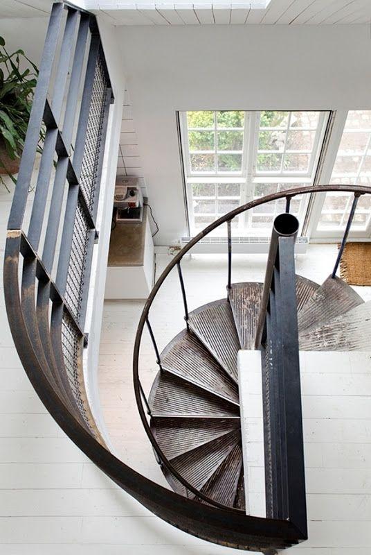 spiral staircase via STIL INSPIRATION: Dream house for sale
