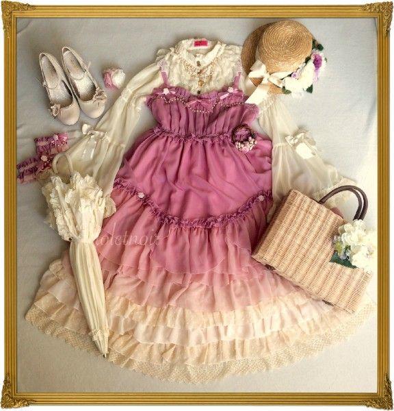 This beautiful Lolita picnic coord!