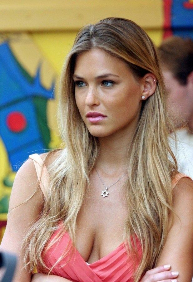 Bar Refaeli, Cute Girls wallpapers and use this url to find more girls wallappers http://hdcomputerwallpaper.com/category/girls/