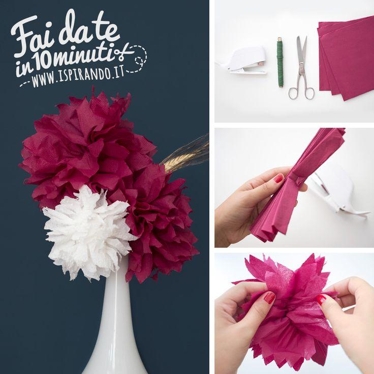 Un veloce e semplice tutorial per creare fiori con tovaglioli di carta. Una bella idea scenografica per decorare con un tocco di colore un angolo di casa!