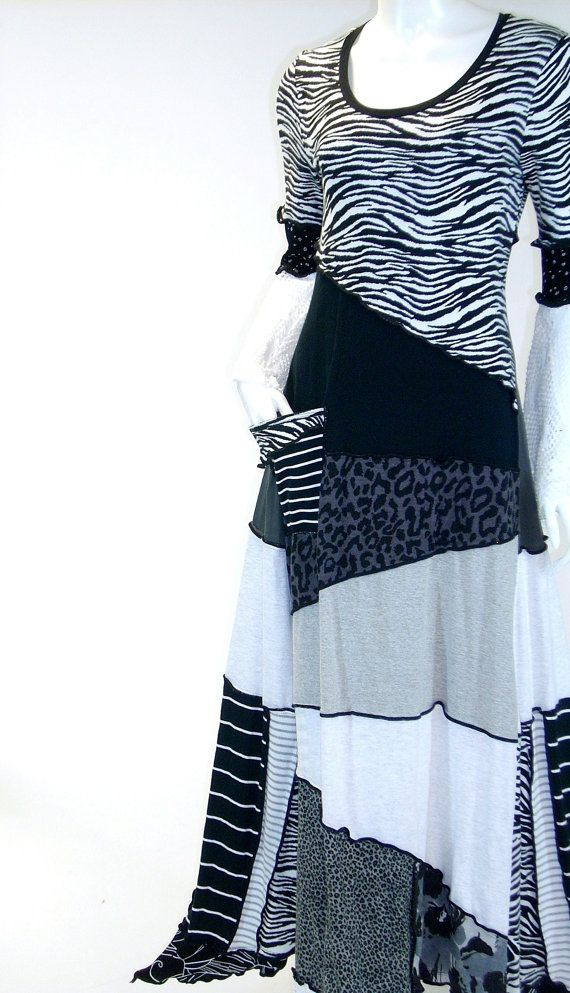 SALE /CLEARANCE Long Black  and White Zebra Print  Dress, Zigzag Style, Size Medium (8-10-12)