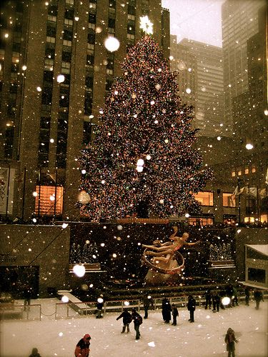 Christmas in NYC! Hoooooray we will be there @Megan Leigh