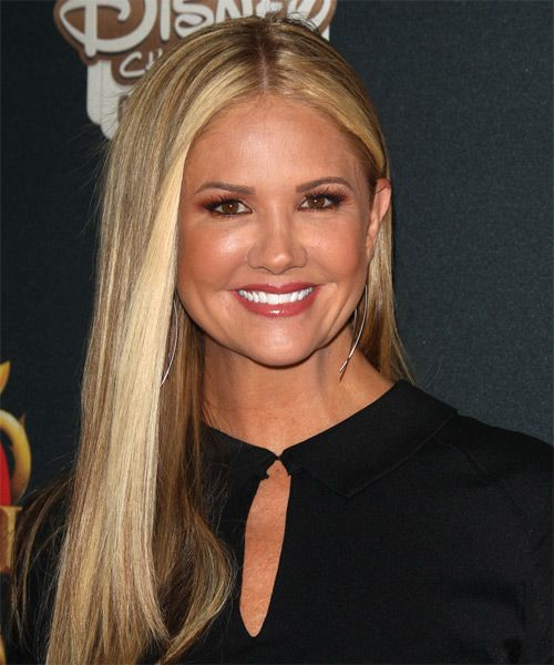 Nancy O'Dell Long Straight Hairstyle.