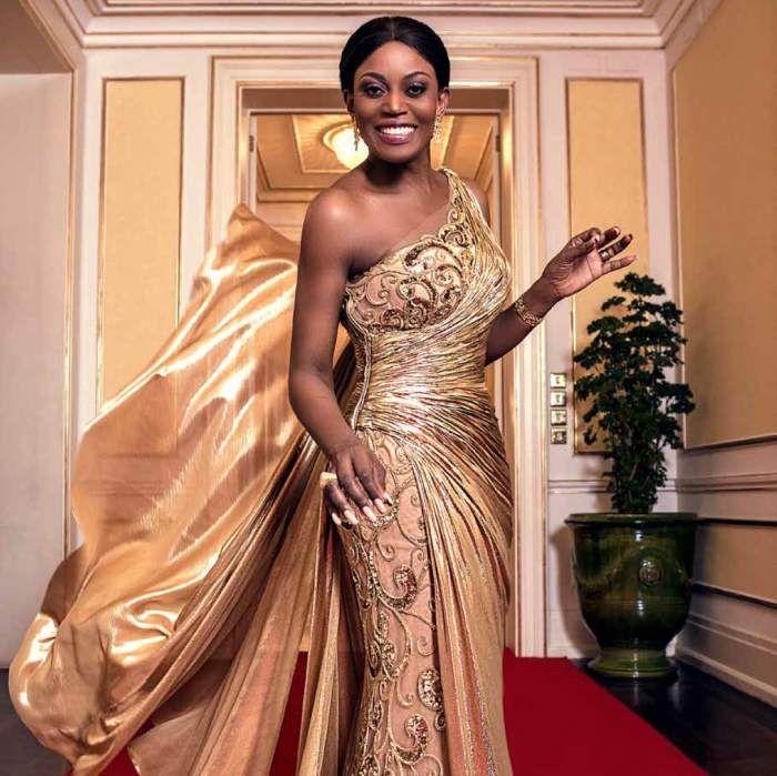 Ana Paula dos Santos entre as dez Primeiras-Damas mais bonitas de África http://angorussia.com/entretenimento/fama/ana-paula-dos-santos-entre-as-dez-primeiras-damas-mais-bonitas-de-africa/