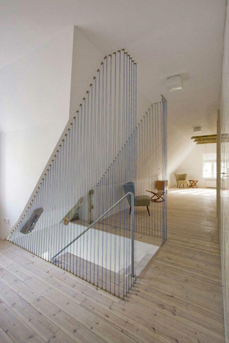 déco d'escalier avec des câbles inox