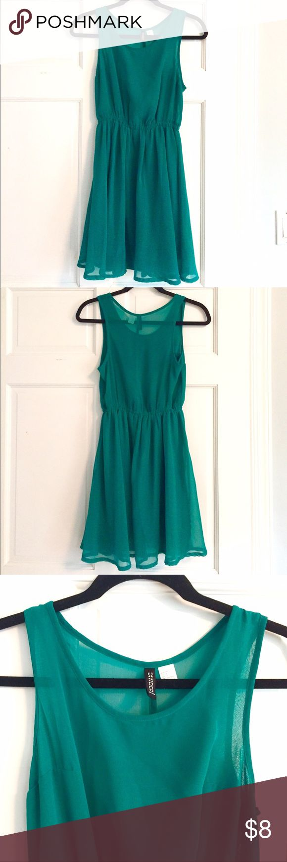 H&M Green Chiffon Dress H&M Green Chiffon Dress. 100% Polyester. H&M Dresses Mini
