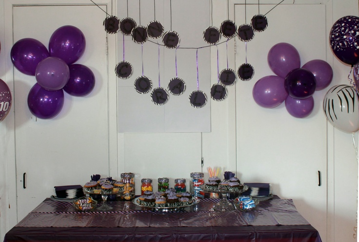 Bar à bonbon pour l'anniversaire d'une fille de 10 ans - Candy bar for the birthday of a 10 year old girl - http://facebook.com/LesDoucesEtoiles - #quebec #candybar #sweettable