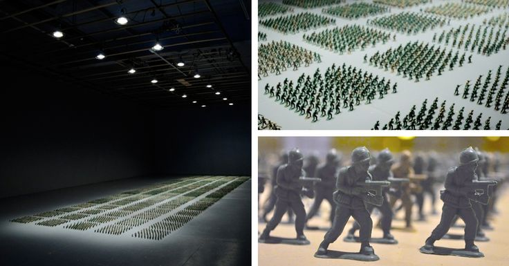Brooklyn-based artist Francis Hollenkamp created an art installation comprised of 10,000 little green and brown plastic toy soldiers.