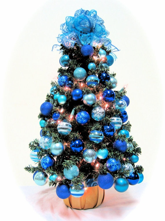 17 best images about teal christmas on pinterest christmas trees turquoise and teal christmas. Black Bedroom Furniture Sets. Home Design Ideas