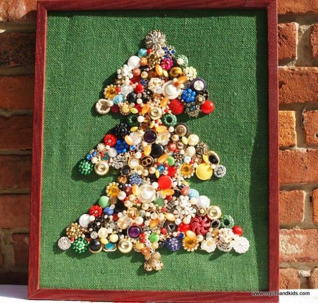 Best 25 jewelry christmas tree ideas on pinterest for Non traditional christmas tree ideas