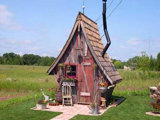 WHIMSICAL GARDEN SHED. Most sheds are pretty ugly, and this one is, well, I think it's fabulous!