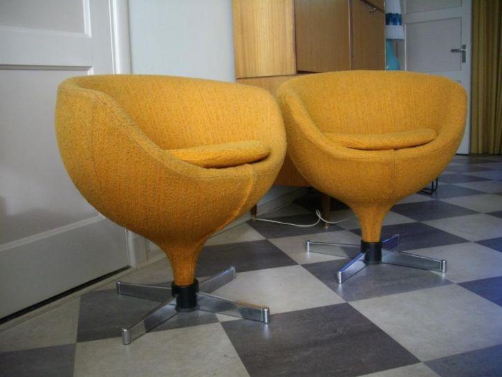 Plus de 1000 id es propos de meurop vintage furniture sur pinterest - Fauteuil pierre guariche ...