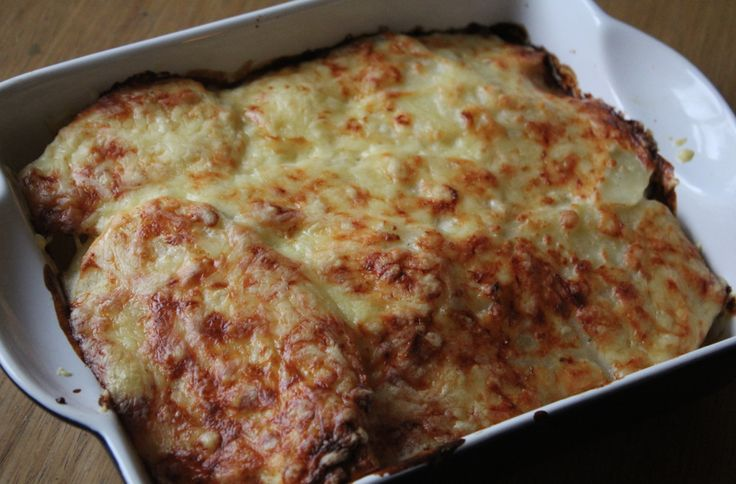A Slimming World friend recipe for potatoes dauphinoise. It swops the fatty cheese sauce for one made from Quark. Just as delicious, but fewer calories