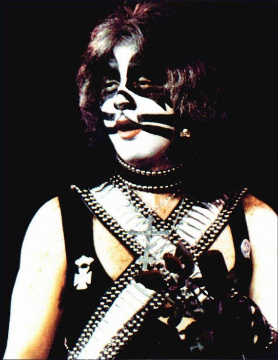 KISS Alive II - Peter Criss pie pantalla - KISS banda de colección Retro recuerdos carteles ejército Kit botones Aucoin regalo kiss76