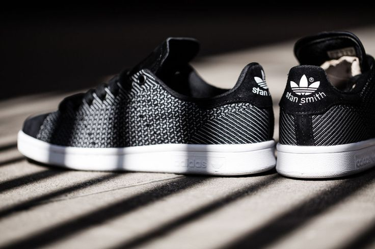 "adidas Originals présente sa nouvelle Stan Smith ""Core Black/Running White"""